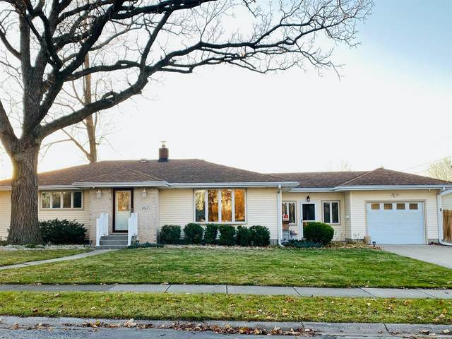 8546 Cottage Grove Avenue, Highland, IN 46322 (MLS #484658) :: McCormick Real Estate