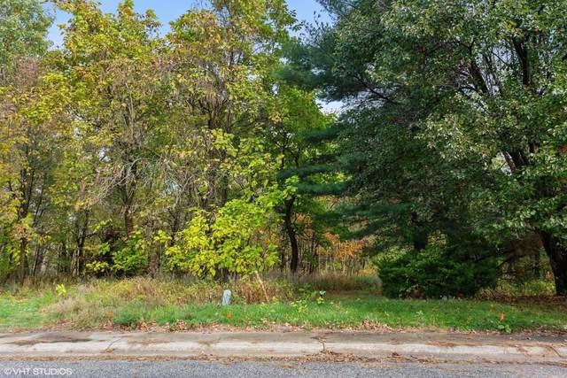 21 Jamestown Drive, Michigan City, IN 46360 (MLS #484810) :: Lisa Gaff Team