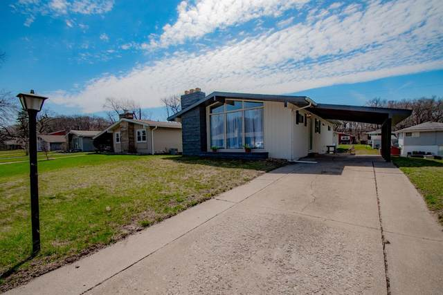 8111 Hickory Avenue, Gary, IN 46403 (MLS #484898) :: McCormick Real Estate