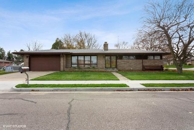 814 W 10th Street, Laporte, IN 46350 (MLS #484983) :: Rossi and Taylor Realty Group