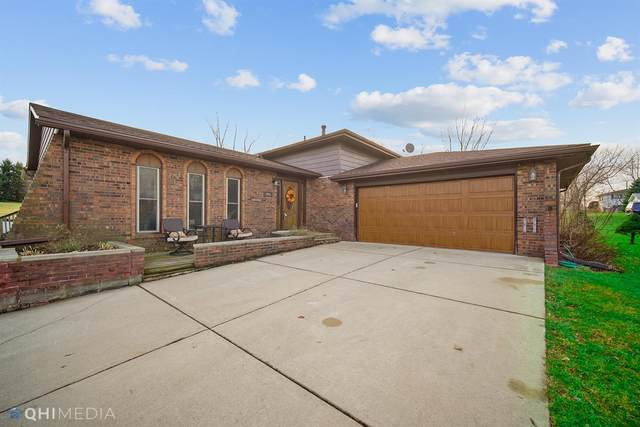 465 W 400 N, Valparaiso, IN 46385 (MLS #485301) :: McCormick Real Estate