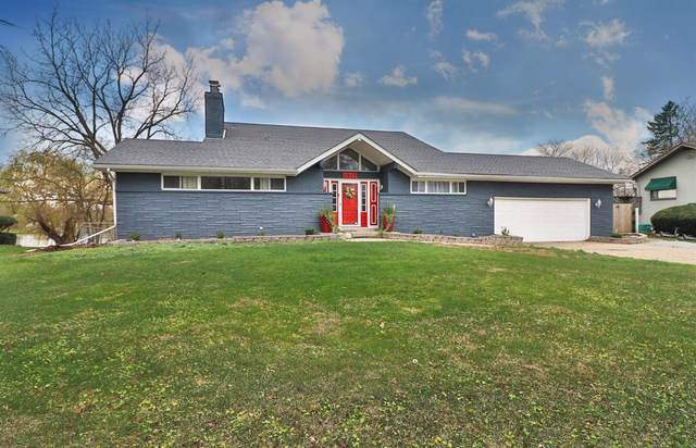 2613 W 58th Place, Merrillville, IN 46410 (MLS #485526) :: Lisa Gaff Team