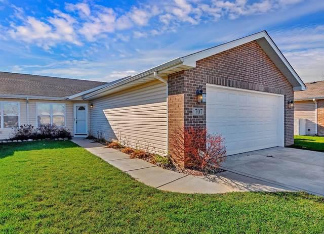 707 W 77th Avenue, Merrillville, IN 46410 (MLS #485612) :: McCormick Real Estate