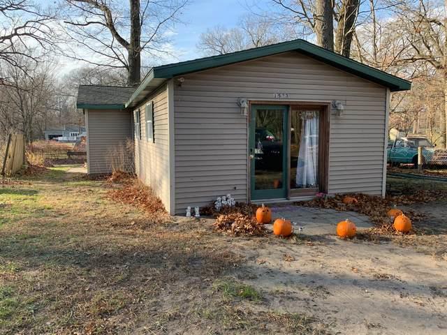1533 Louisiana Street, Michigan City, IN 46360 (MLS #485835) :: McCormick Real Estate