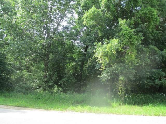 5724 Sandstone Drive, Wheatfield, IN 46392 (MLS #486032) :: Lisa Gaff Team