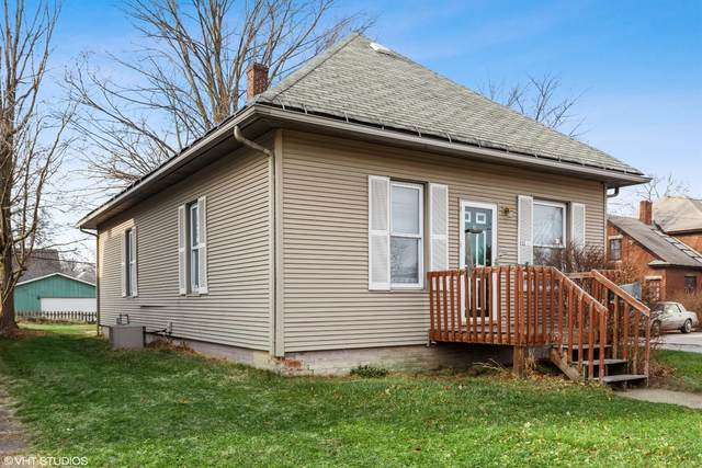 111 S Woodland Avenue, Michigan City, IN 46360 (MLS #486531) :: Lisa Gaff Team