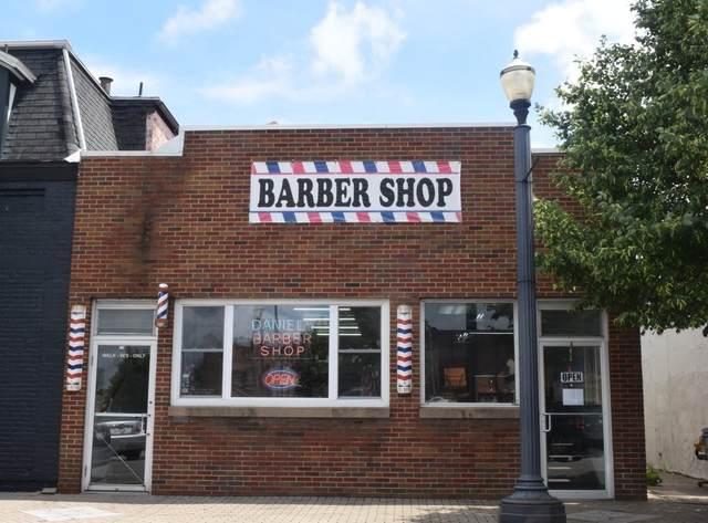 704 Jefferson Avenue, Laporte, IN 46350 (MLS #488545) :: McCormick Real Estate