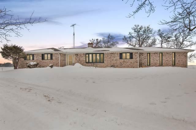 7820 W 1400 N, Demotte, IN 46310 (MLS #488713) :: McCormick Real Estate