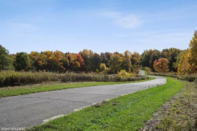 6840 N Modern Way, Laporte, IN 46350 (MLS #488714) :: McCormick Real Estate