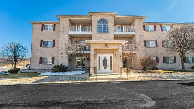 2035 W 75th Place, Merrillville, IN 46410 (MLS #488882) :: McCormick Real Estate