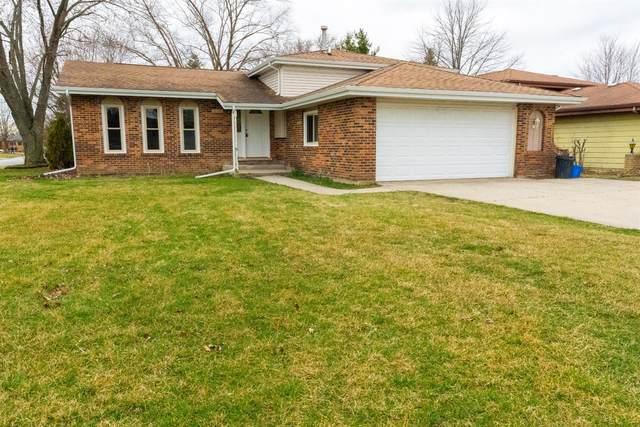 4984 87th Lane, Crown Point, IN 46307 (MLS #488948) :: McCormick Real Estate