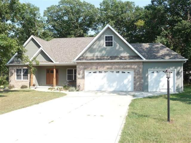 10485 Mattie Lane, Wheatfield, IN 46392 (MLS #488964) :: Lisa Gaff Team