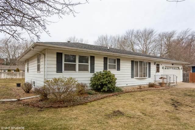 426 Trail Street, Trail Creek, IN 46360 (MLS #489243) :: McCormick Real Estate
