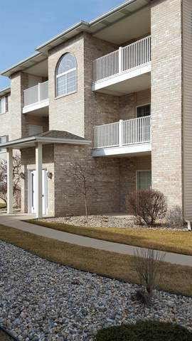 1981 W 75th Place W, Merrillville, IN 46410 (MLS #489616) :: McCormick Real Estate