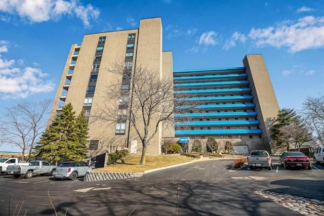 100 Lake Shore Drive, Michigan City, IN 46360 (MLS #489740) :: McCormick Real Estate