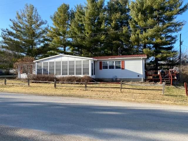 8242 E Mcclintic Road, Syracuse, IN 46567 (MLS #490277) :: McCormick Real Estate