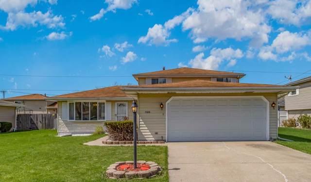7498 Bigger Street, Merrillville, IN 46410 (MLS #491051) :: McCormick Real Estate