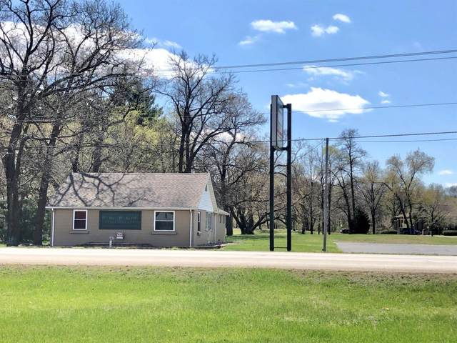 4429 E State Road 10, Demotte, IN 46310 (MLS #491110) :: McCormick Real Estate