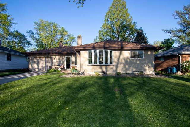 8957 Cottage Grove Avenue, Highland, IN 46322 (MLS #492797) :: McCormick Real Estate