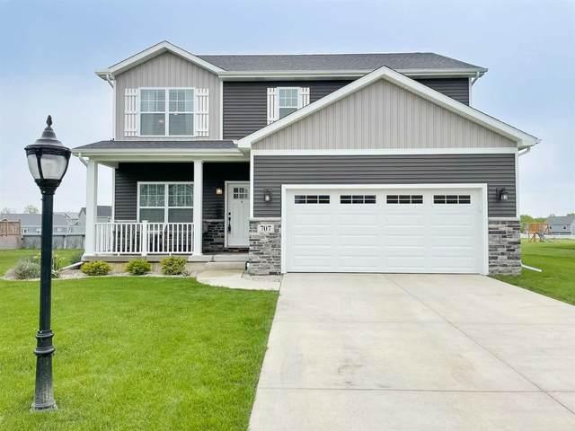 707 Village Parkway, Lowell, IN 46356 (MLS #492876) :: McCormick Real Estate