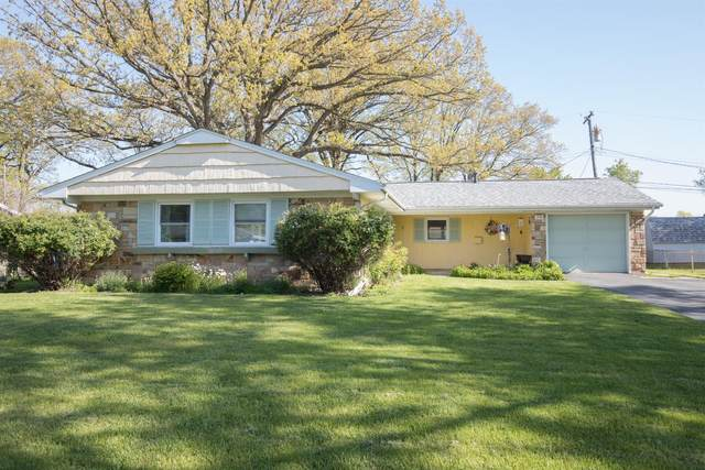 375 Clear Creek Drive, Valparaiso, IN 46385 (MLS #492908) :: McCormick Real Estate