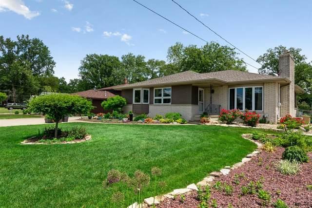 8727 White Oak Avenue, Munster, IN 46321 (MLS #493473) :: McCormick Real Estate