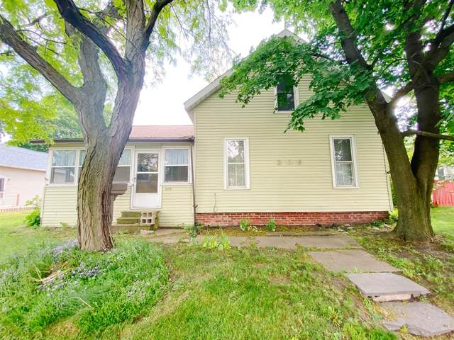 209 J Street, Laporte, IN 46350 (MLS #493639) :: McCormick Real Estate