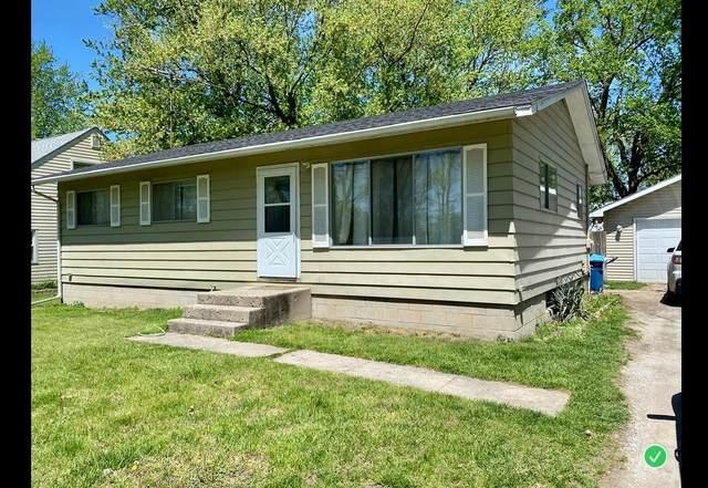 608 W Daumer Road, Kouts, IN 46347 (MLS #494374) :: Lisa Gaff Team