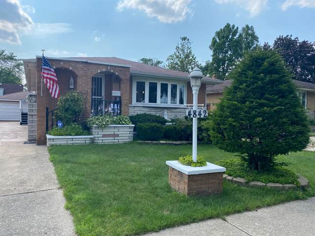 4842 Parrish Avenue, East Chicago, IN 46312 (MLS #495990) :: McCormick Real Estate