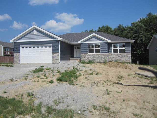 17528 Sunset Drive, Lowell, IN 46356 (MLS #496327) :: Lisa Gaff Team