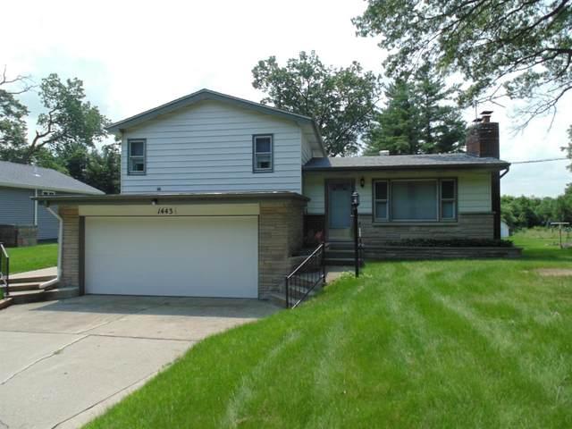 1443 E 31st Avenue, Hobart, IN 46342 (MLS #497258) :: McCormick Real Estate