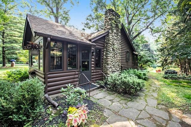 3611 Powhatan Trail, Michiana Shores, IN 46360 (MLS #497275) :: McCormick Real Estate
