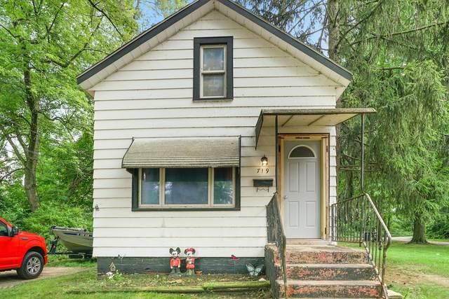719 Emily Street, Michigan City, IN 46360 (MLS #497345) :: McCormick Real Estate
