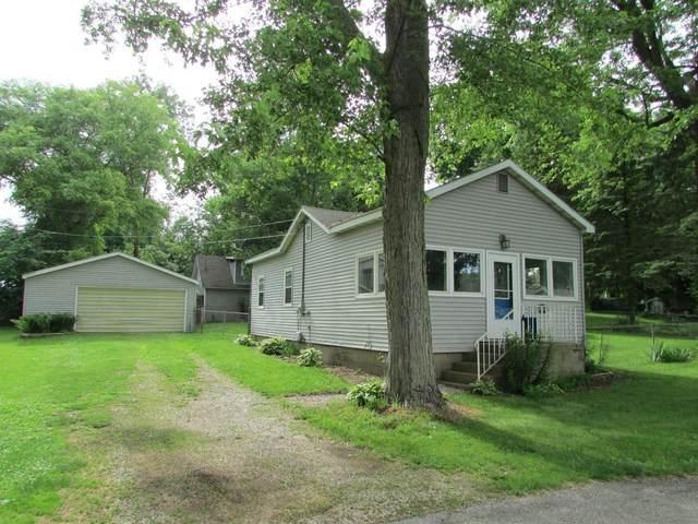 7516 N Oriole Lane, New Carlisle, IN 46552 (MLS #497674) :: McCormick Real Estate