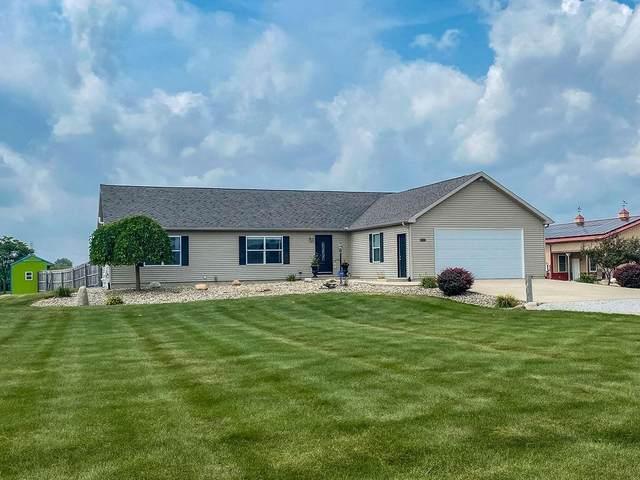 55471 Snowberry Road, New Carlisle, IN 46552 (MLS #498562) :: McCormick Real Estate