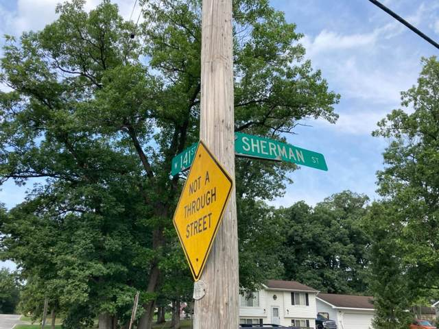 14004 Sherman Street, Cedar Lake, IN 46303 (MLS #499014) :: McCormick Real Estate