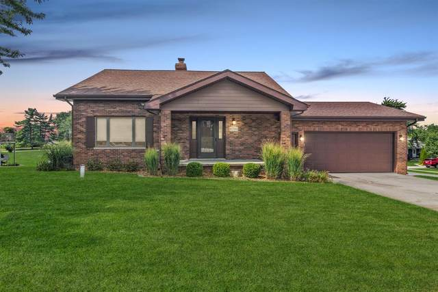 8700 Edison Court, Crown Point, IN 46307 (MLS #499600) :: McCormick Real Estate