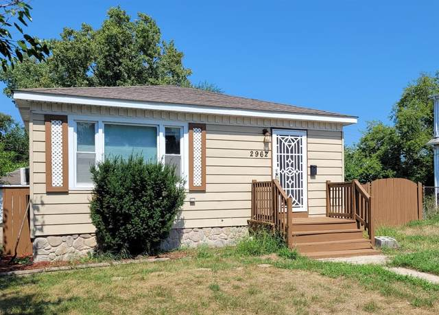 2962 W 19th Place, Gary, IN 46404 (MLS #499932) :: McCormick Real Estate