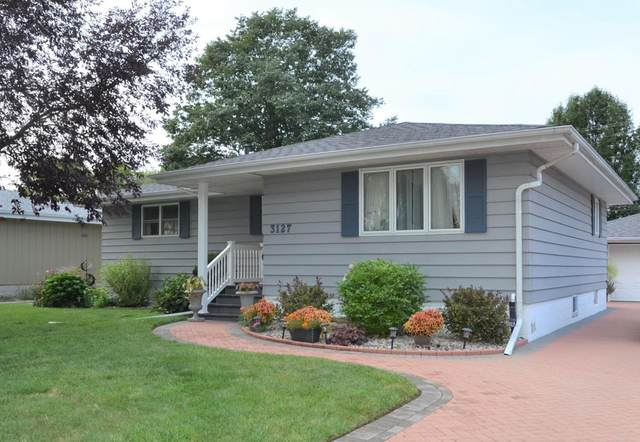 3127 98th Place, Highland, IN 46322 (MLS #500306) :: McCormick Real Estate