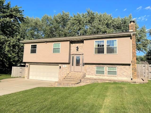77 Maple Court, Hebron, IN 46341 (MLS #500361) :: McCormick Real Estate