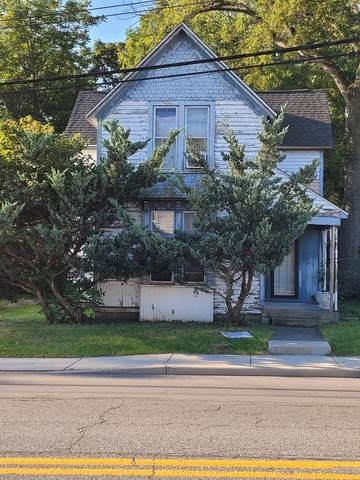 712 E Commercial Avenue, Lowell, IN 46356 (MLS #500484) :: Lisa Gaff Team