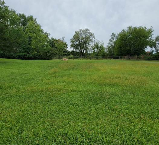 4916 W 109th Avenue, Crown Point, IN 46307 (MLS #500549) :: McCormick Real Estate