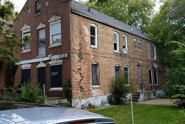 1509 Shields, Chicago Heights, IL 60411 (MLS #500960) :: Lisa Gaff Team