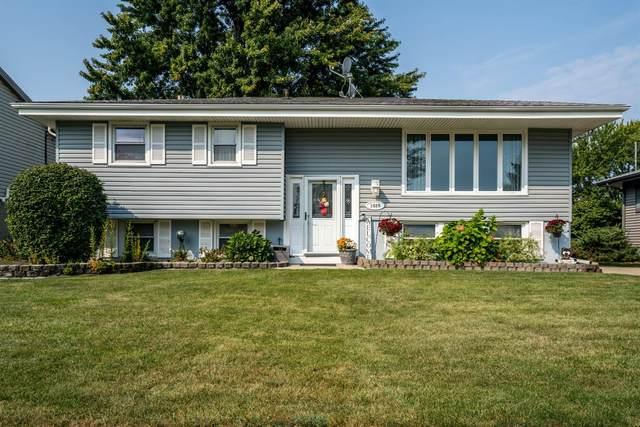 1020 Van Buren Avenue, Dyer, IN 46311 (MLS #501015) :: McCormick Real Estate