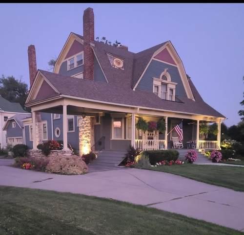 102 S East Street, Crown Point, IN 46307 (MLS #501113) :: McCormick Real Estate