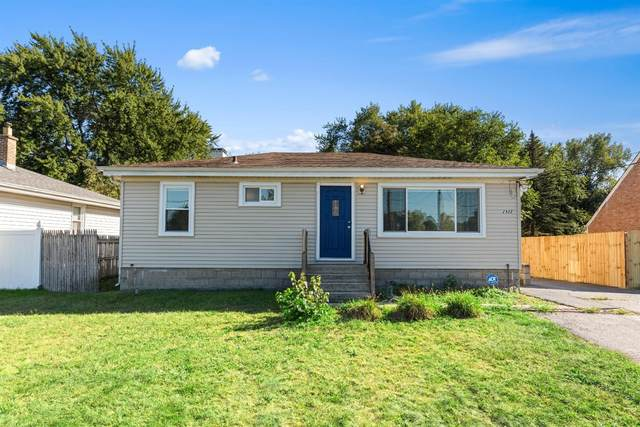 2932 45th Street, Highland, IN 46322 (MLS #501133) :: McCormick Real Estate