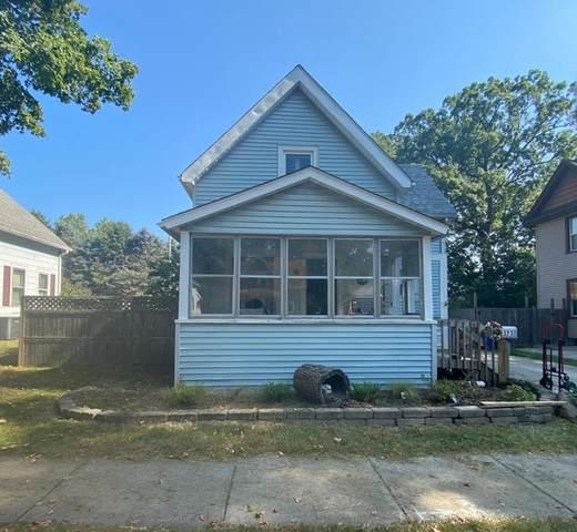 373 Hawthorne Street, Laporte, IN 46350 (MLS #501154) :: Lisa Gaff Team