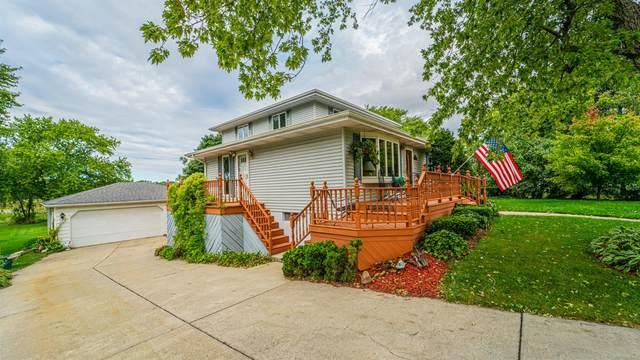 10704 Porter Street, Crown Point, IN 46307 (MLS #501196) :: McCormick Real Estate