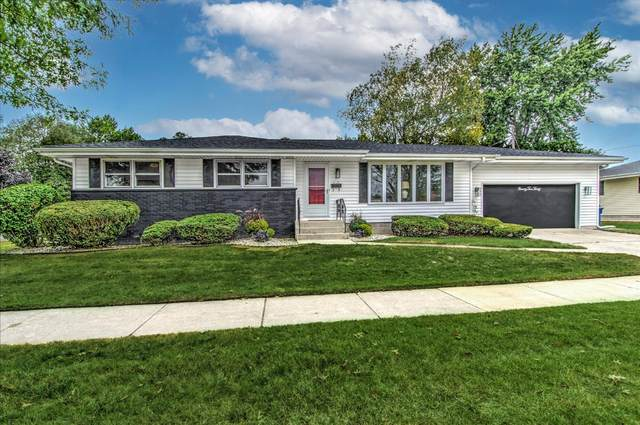 9230 Parkway Drive, Highland, IN 46322 (MLS #501218) :: McCormick Real Estate