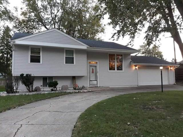 3821 W 78th Avenue, Merrillville, IN 46410 (MLS #501510) :: McCormick Real Estate